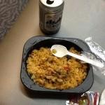 コンビニ弁当の夕食