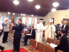 潮見教会での司教ミサの実習。