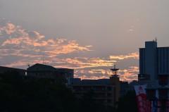 きっときれいな夕日を堪能している人もいたに違いない。