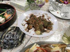 食事担当シスターの父上によって毎年焼きたてのたこ焼きが供される