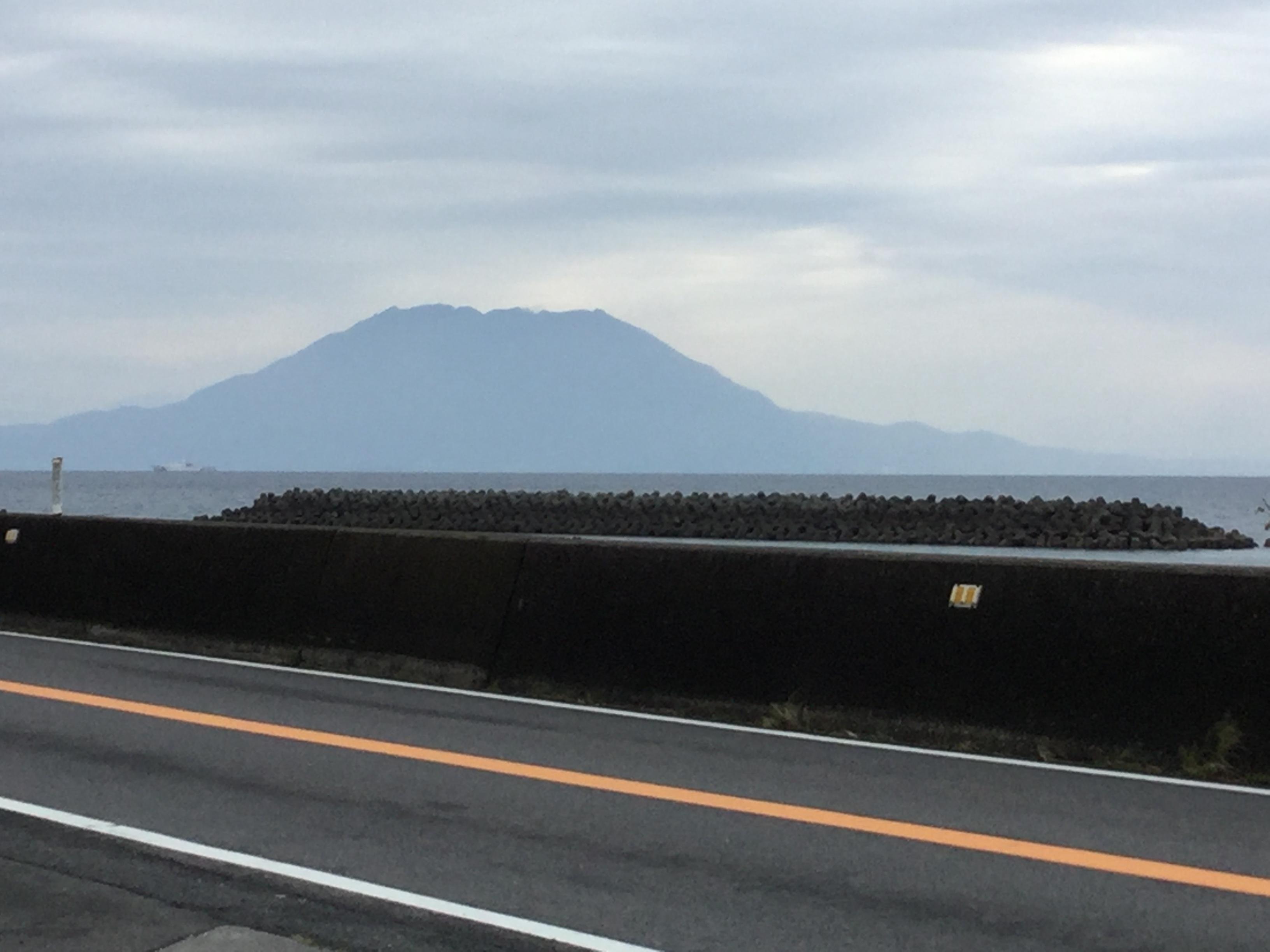 雨上がりの桜島