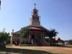 ニラマイ教会の威容