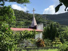 龍郷巡回教会。お色直しが必要。