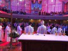 司祭団による按手