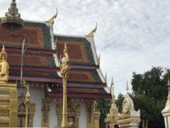 至る所に寺院がある日常