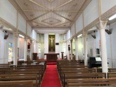 貝津教会内部。アイキャッチ画像も。