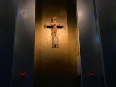 みこころ教会正面の十字架