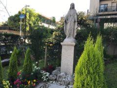 ベトナム制作の聖母。ザビエル聖書の庭